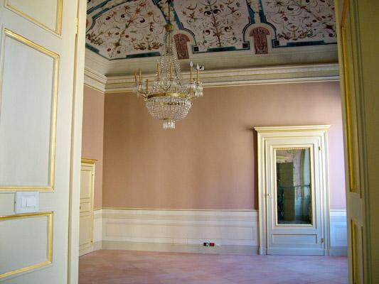 Restauro interni di palazzi - Restauro porte interne ...